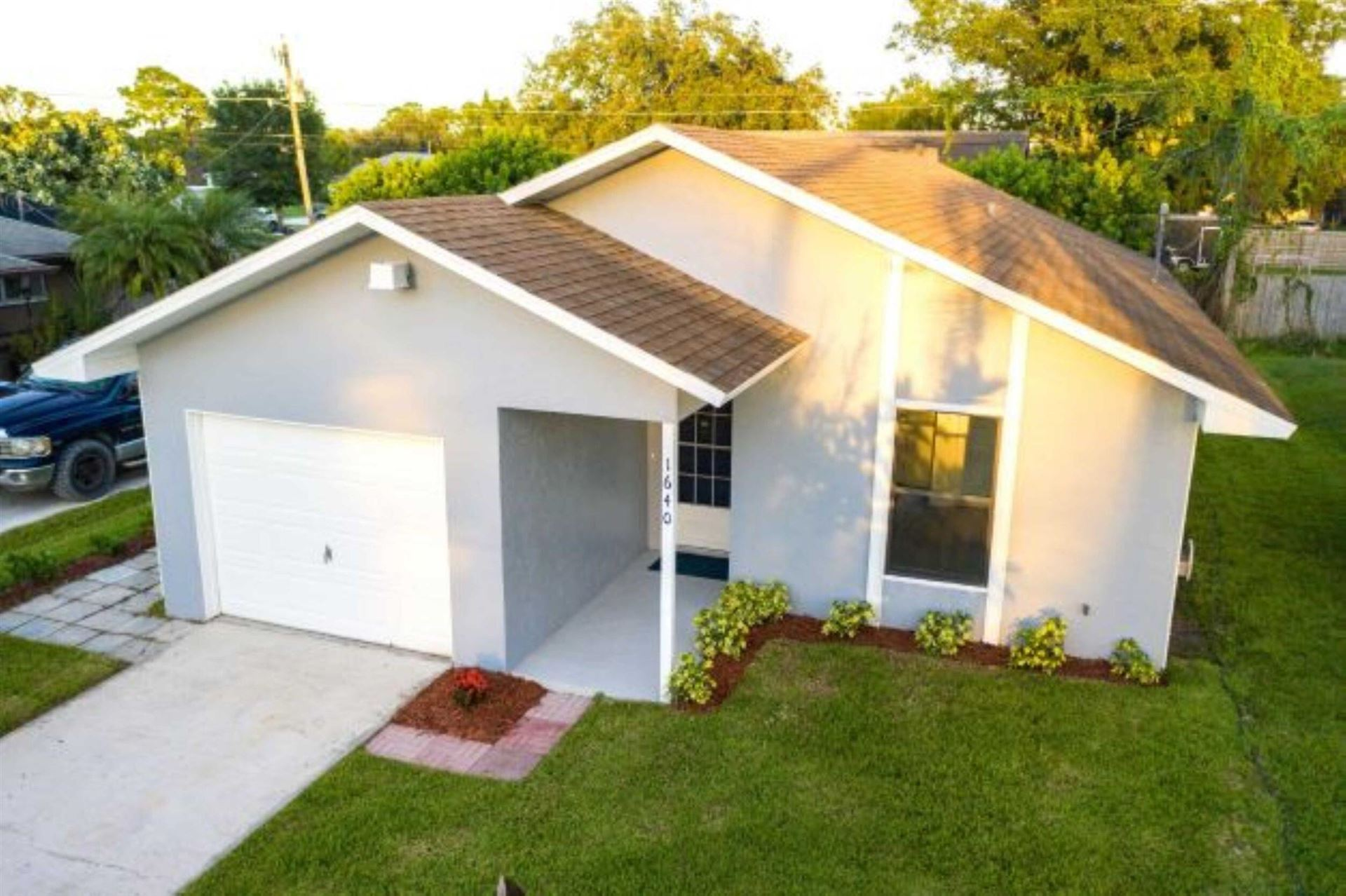 1640 21st Avenue SW, Vero Beach, FL 32962 - #: RX-10752396