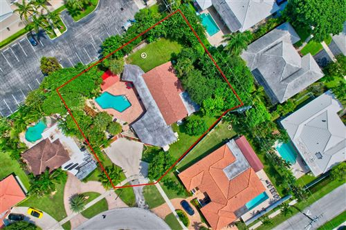 Photo of 670 SW 7th Street, Boca Raton, FL 33486 (MLS # RX-10748397)