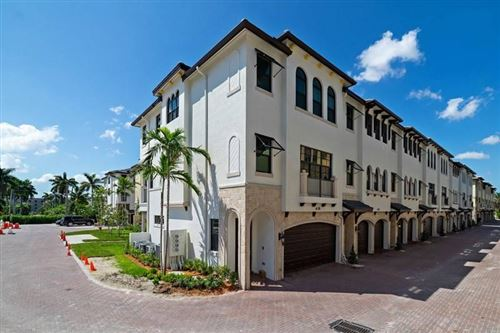 Photo of 634 Windward Circle N #61, Boynton Beach, FL 33435 (MLS # RX-10540398)