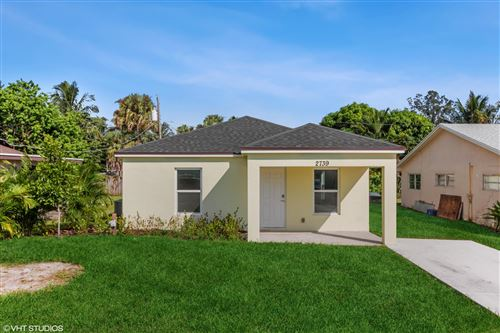 Photo of 2739 SE Fairmont Street, Stuart, FL 34997 (MLS # RX-10748398)