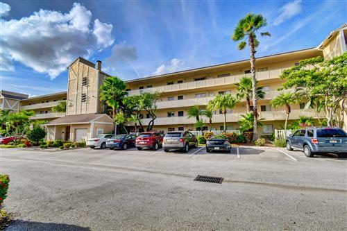 Photo of 7267 Huntington Lane #405, Delray Beach, FL 33446 (MLS # RX-10657399)