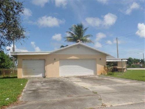 Foto de inmueble con direccion 3019 Mariner Way Lake Worth FL 33462 con MLS RX-10665399