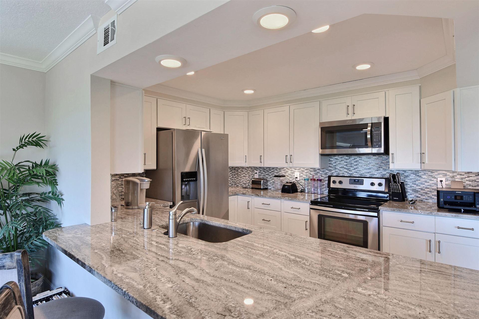 1700 Ocean Drive #204, Vero Beach, FL 32963 - #: RX-10384401