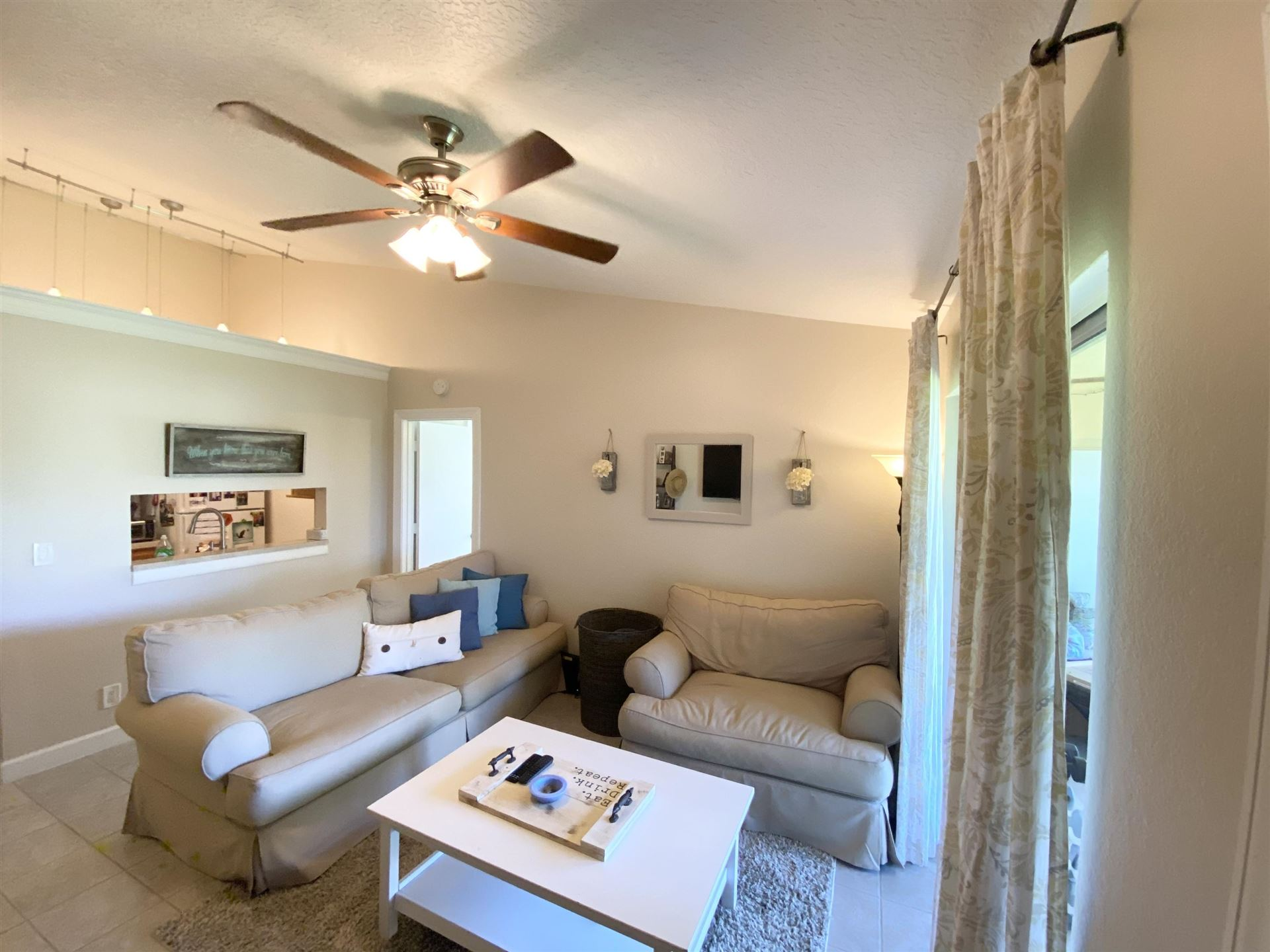 Photo of 6313 Chasewood Drive #H, Jupiter, FL 33458 (MLS # RX-10733401)