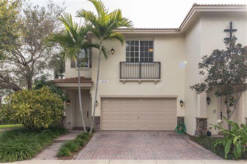 Photo of 1015 Ventnor Avenue #3a, Delray Beach, FL 33444 (MLS # RX-10685403)