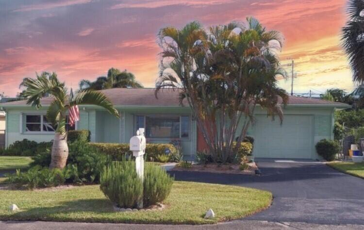 2009 Collier Avenue, Lake Worth, FL 33461 - #: RX-10745404