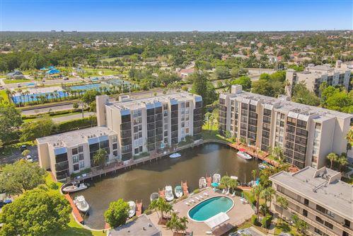 Photo of 4 Royal Palm Way #5050, Boca Raton, FL 33432 (MLS # RX-10714405)