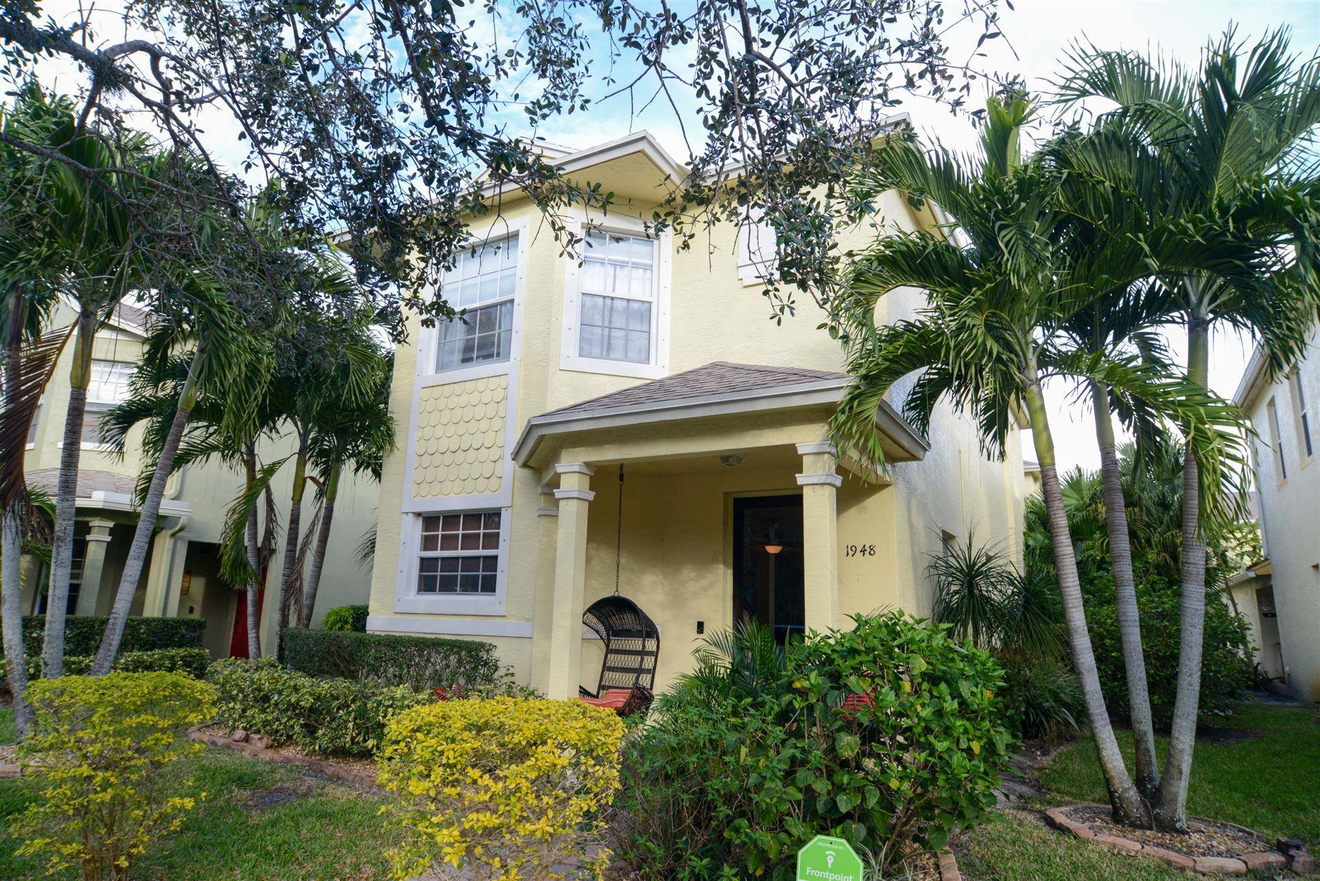 1948 SE Grand Drive, Port Saint Lucie, FL 34952 - #: RX-10686405