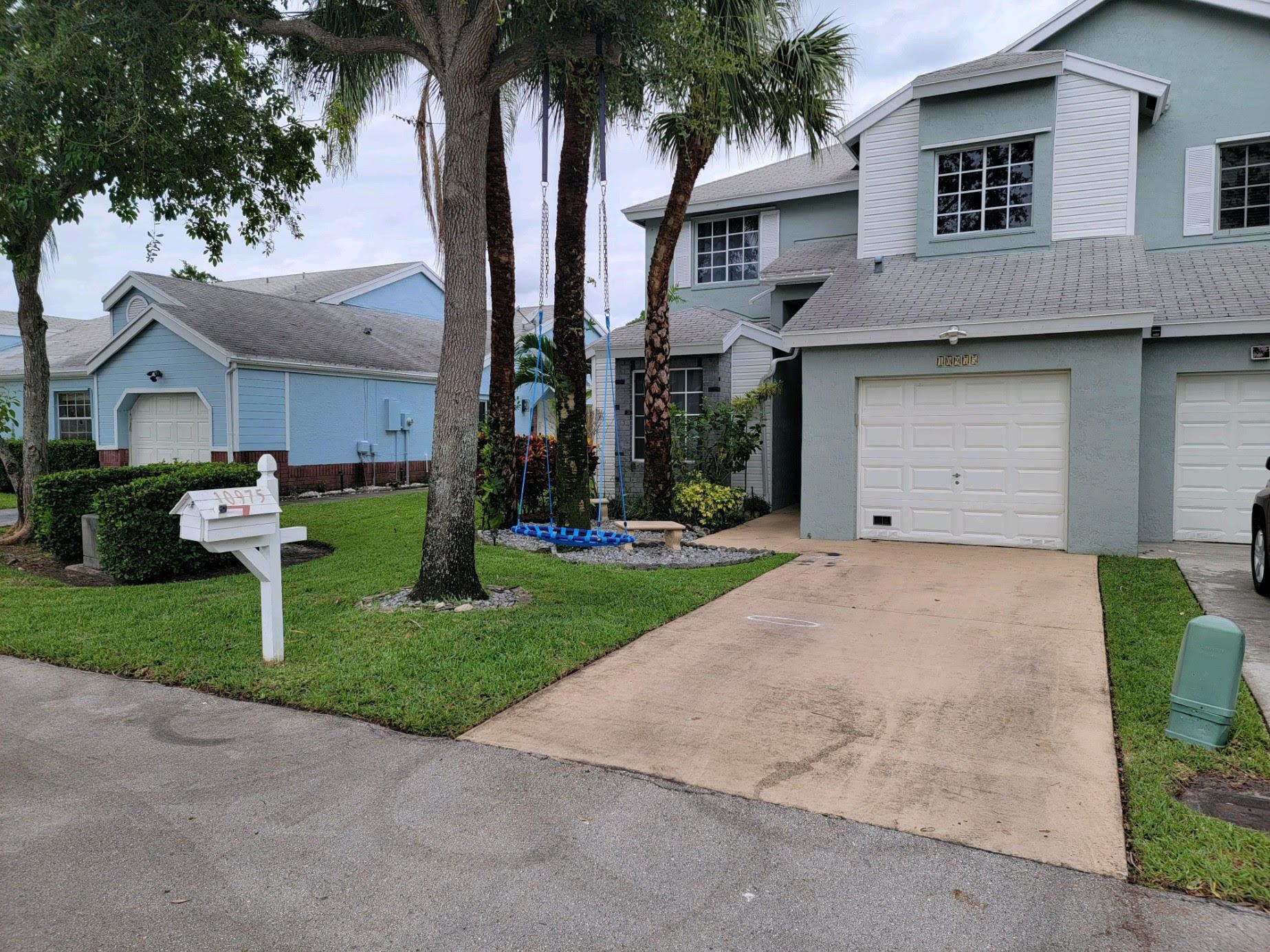 10975 SW 11th Place Place, Davie, FL 33324 - #: RX-10722405