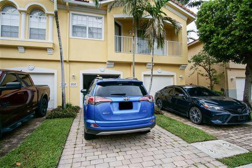 Foto de inmueble con direccion 1737 Carvelle Drive Riviera Beach FL 33404 con MLS RX-10640406