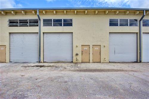 Foto de inmueble con direccion 1209 Gateway Road #208 Lake Park FL 33403 con MLS RX-10641406