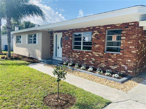 Photo of 573 Wimbrow Drive, Sebastian, FL 32958 (MLS # RX-10716406)
