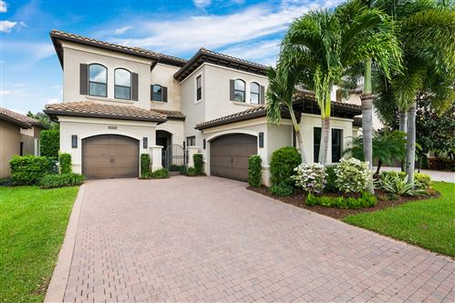 Photo of 8724 Lewis River Road, Delray Beach, FL 33446 (MLS # RX-10674408)