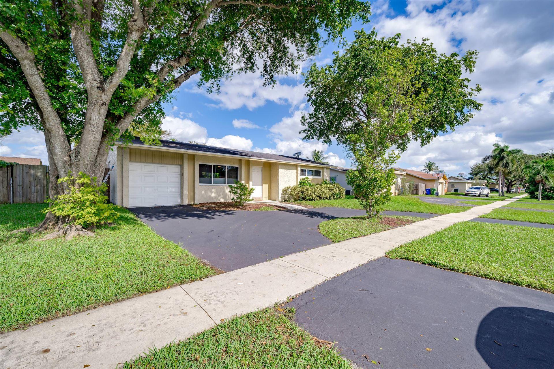 9601 Johnson Street, Pembroke Pines, FL 33024 - #: RX-10674412