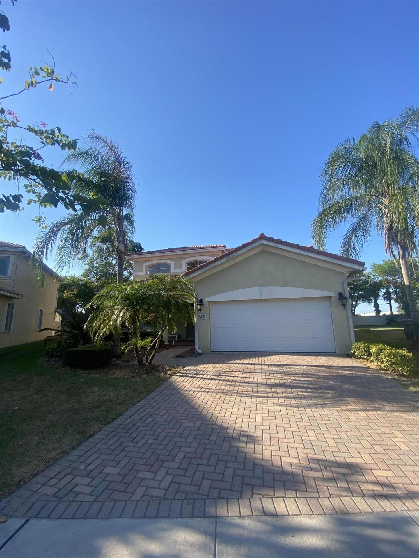 925 Gazetta Way, West Palm Beach, FL 33413 - #: RX-10720412