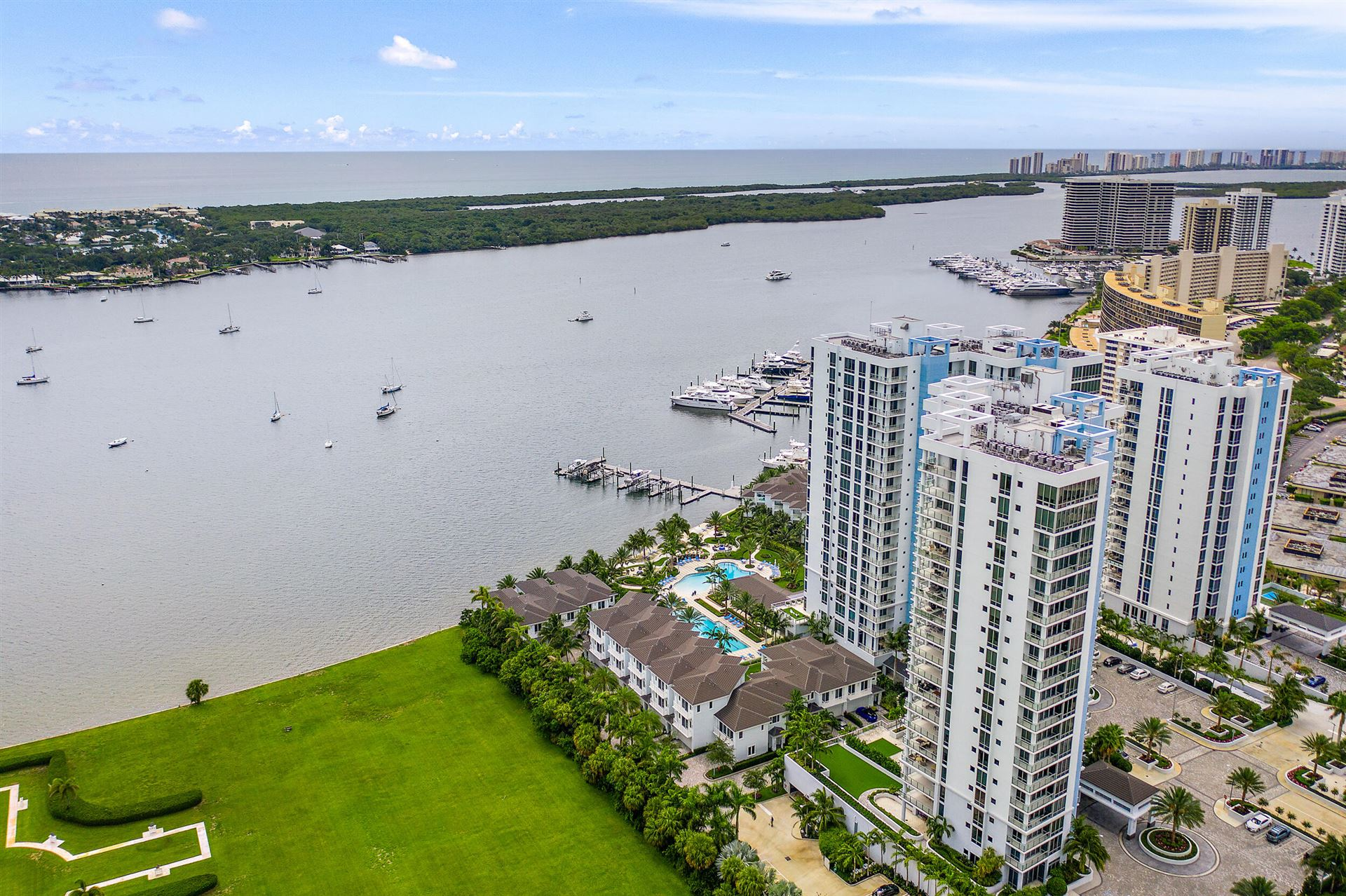 Photo of 1 Water Club Way #1002-N, North Palm Beach, FL 33408 (MLS # RX-10726412)