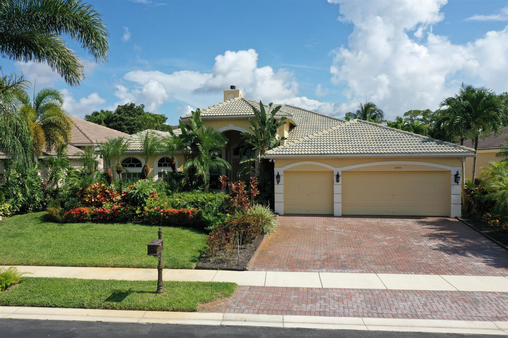 2904 Fontana Lane, Royal Palm Beach, FL 33411 - #: RX-10630414