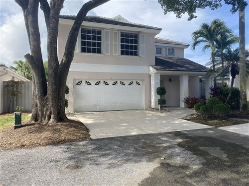 Photo of 17 Commodore Place, Palm Beach Gardens, FL 33418 (MLS # RX-10733423)