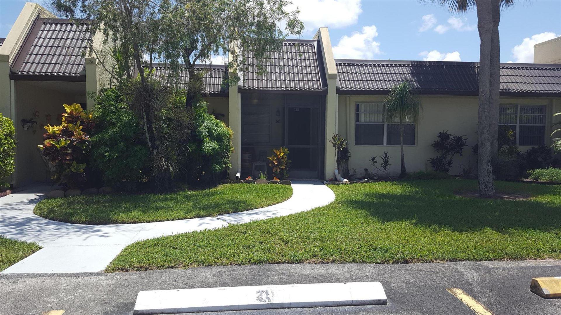 126 Lake Rebecca Drive, West Palm Beach, FL 33411 - #: RX-10627425