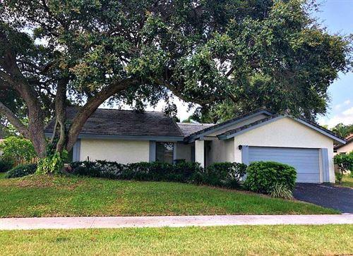 Foto de inmueble con direccion 2366 NW 31st Street Boca Raton FL 33431 con MLS RX-10635426