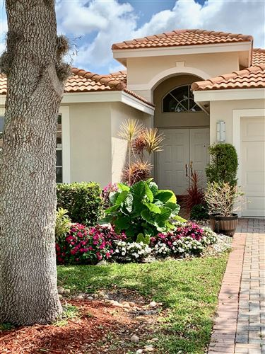 Photo of 13702 Plaza Mayor Drive, Delray Beach, FL 33446 (MLS # RX-10599427)