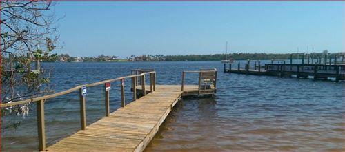 Foto de inmueble con direccion 618 Lakeside Harbour Boynton Beach FL 33435 con MLS RX-10600429