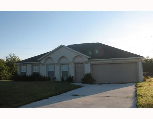 4643 SW Junietta Terrace, Port Saint Lucie, FL 34953 - #: RX-10605431