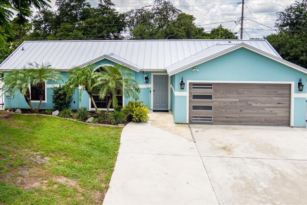 682 SW Lindsay Street, Port Saint Lucie, FL 34953 - #: RX-10734431