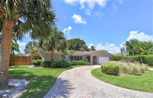 Photo of 924 Banyan Drive, Delray Beach, FL 33483 (MLS # RX-10630432)