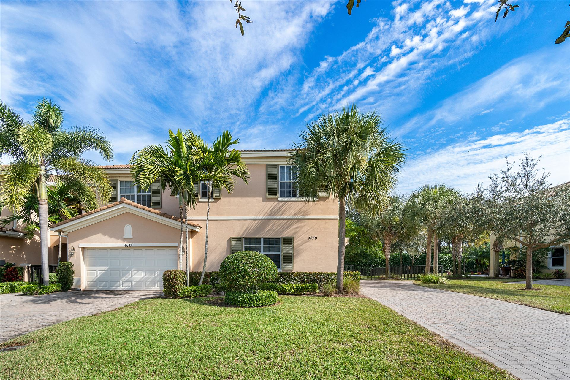 Photo of 4639 Cadiz Circle, Palm Beach Gardens, FL 33418 (MLS # RX-10685434)