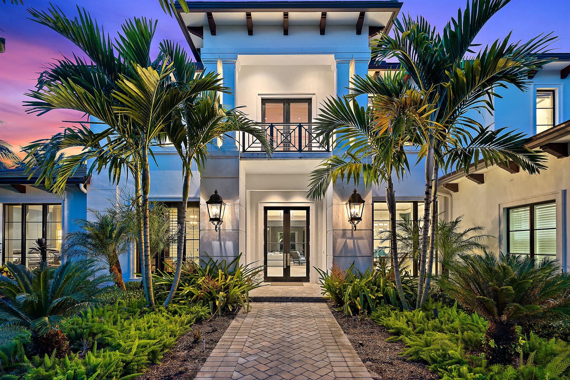 Photo of 12003 Cielo Court, Palm Beach Gardens, FL 33418 (MLS # RX-10568435)