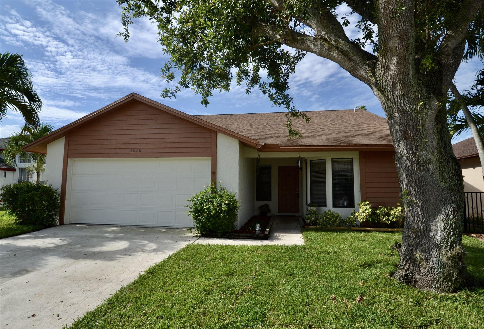 5070 Foxhall Drive N, West Palm Beach, FL 33417 - #: RX-10715435