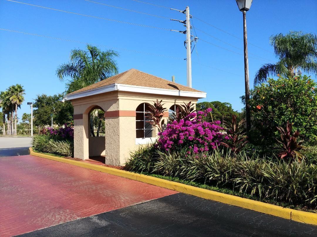 1563 SE Royal Green Circle #101, Port Saint Lucie, FL 34952 - #: RX-10754435