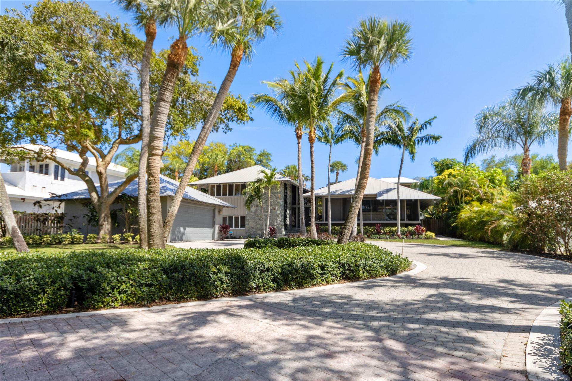 32 W High Point Road, Sewalls Point, FL 34996 - #: RX-10608436