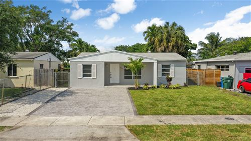 Photo of 331 NW 53rd Street, Oakland Park, FL 33309 (MLS # RX-10615438)