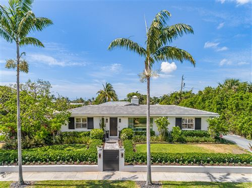 Photo of 320 Nathan Hale Road, West Palm Beach, FL 33405 (MLS # RX-10724440)