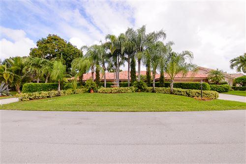 Photo of 1024 Shady Lakes Circle, Palm Beach Gardens, FL 33418 (MLS # RX-10673441)