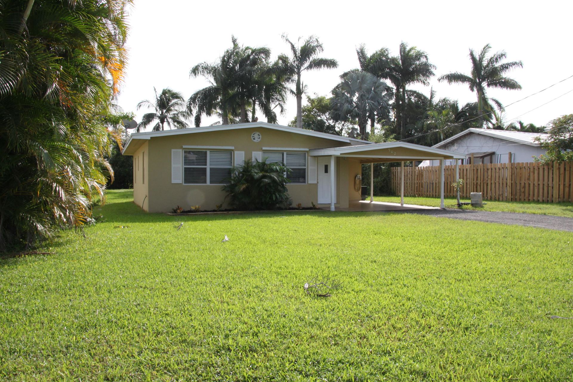 902 SW 30th Street, Palm City, FL 34990 - #: RX-10670441