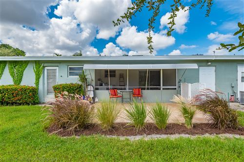 Photo of 910 South Drive #C, Delray Beach, FL 33445 (MLS # RX-10547443)