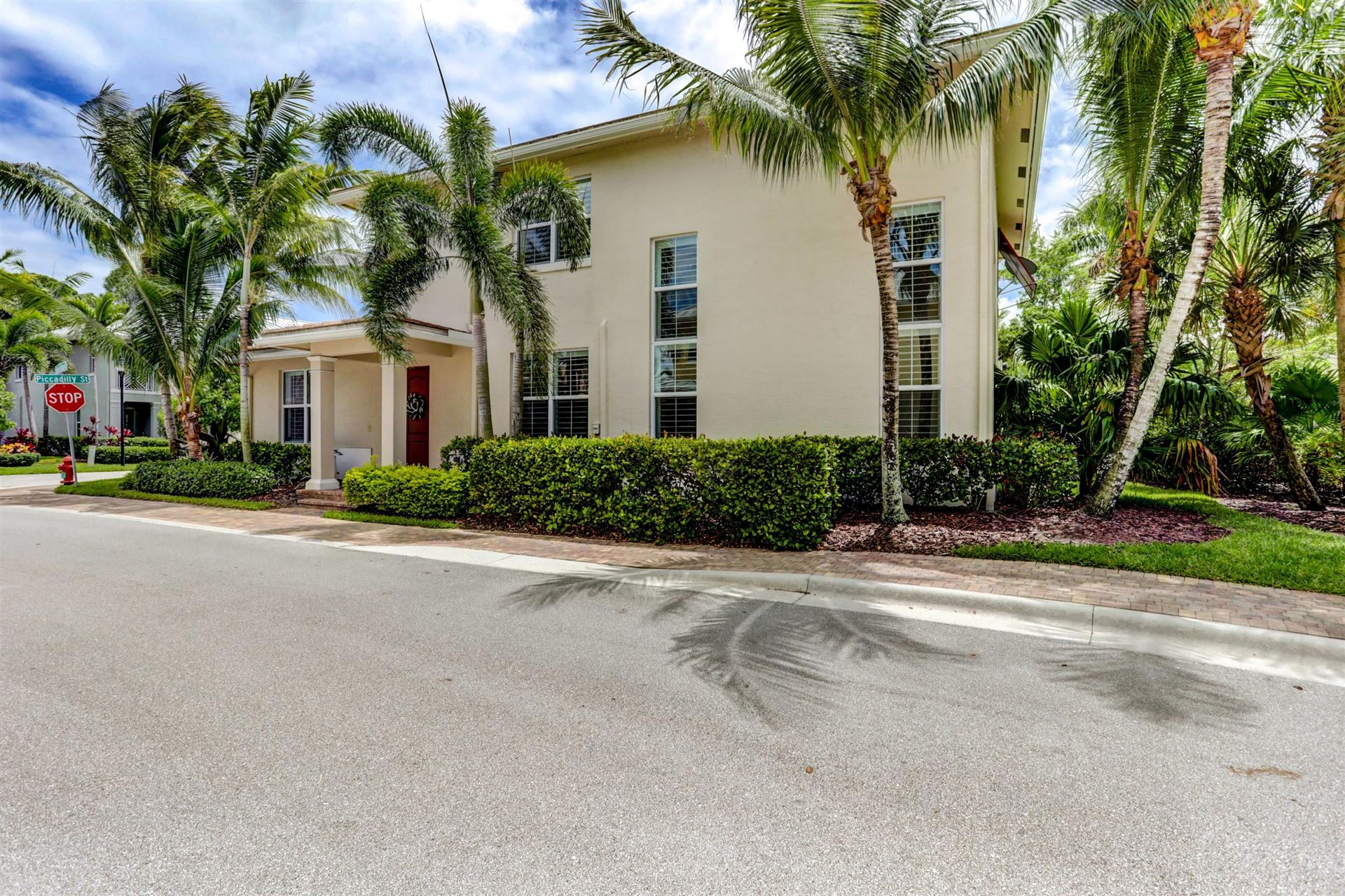 Photo of 1045 Piccadilly St. Street, Palm Beach Gardens, FL 33418 (MLS # RX-10716443)