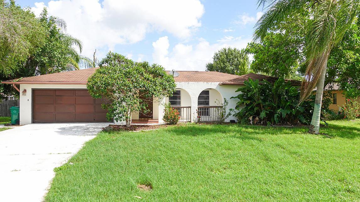 325 SE Yardley Terrace, Port Saint Lucie, FL 34953 - MLS#: RX-10731445