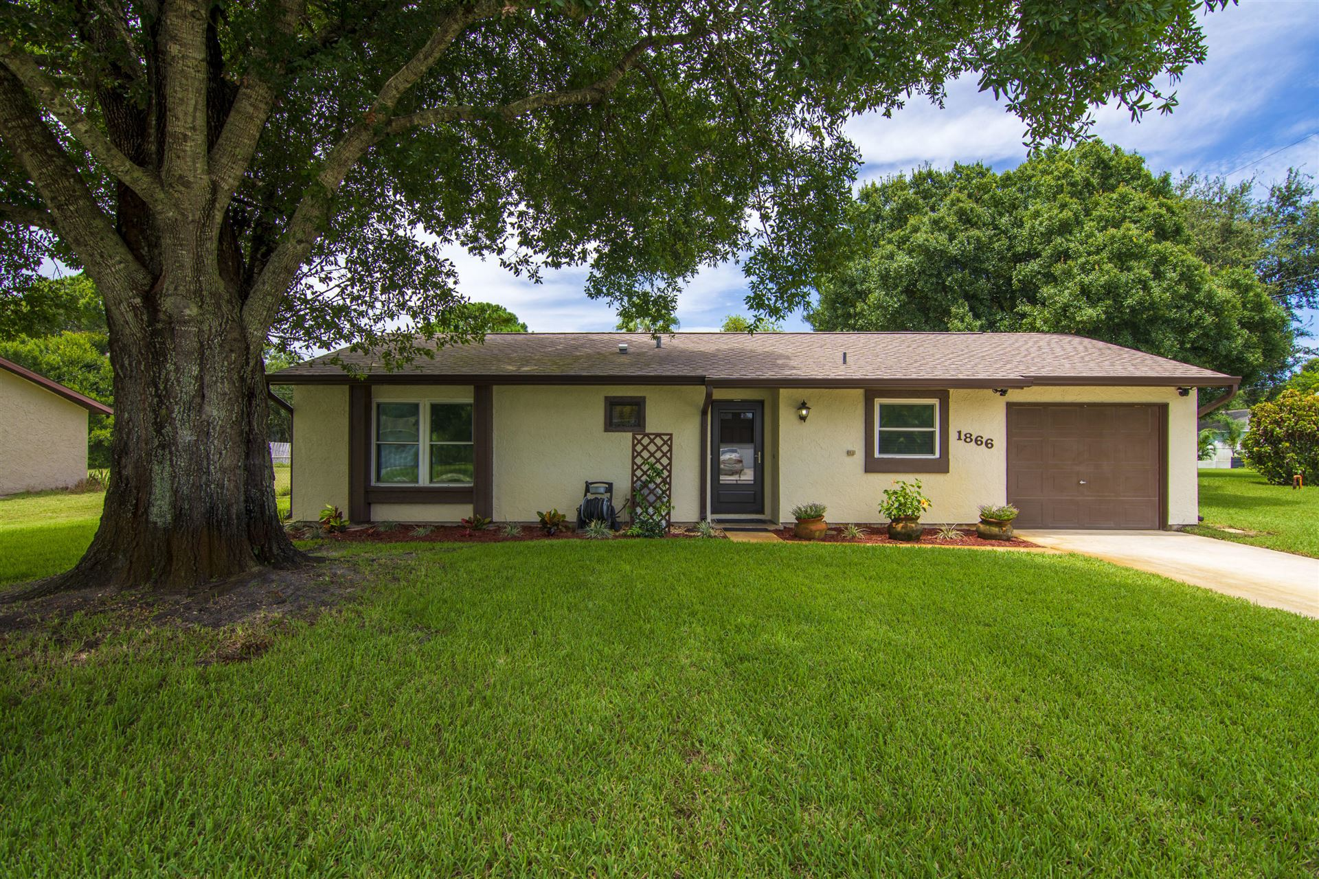 1866 24th Place SW, Vero Beach, FL 32962 - #: RX-10643447