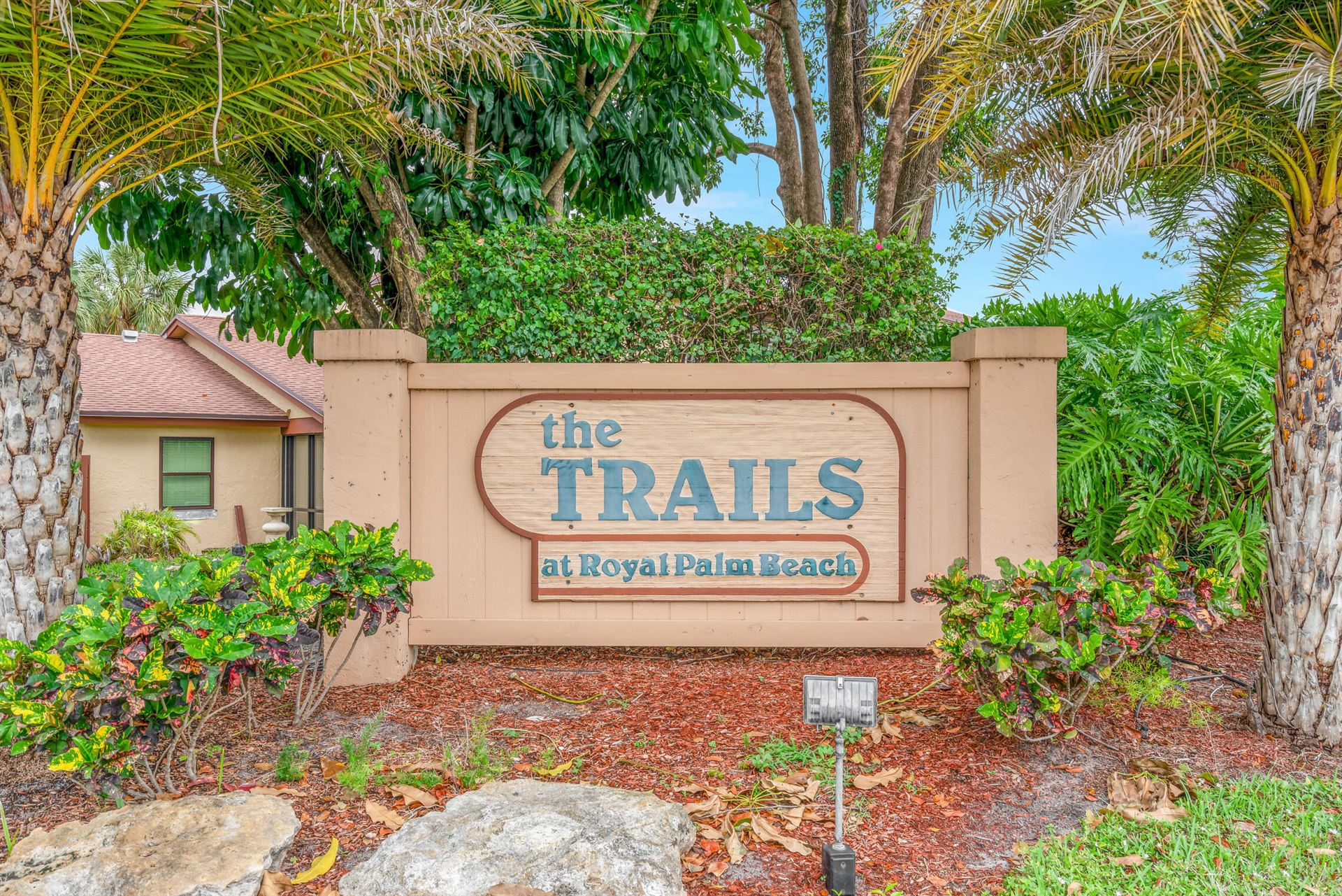 2206 Lakeview Drive W, Royal Palm Beach, FL 33411 - #: RX-10676451