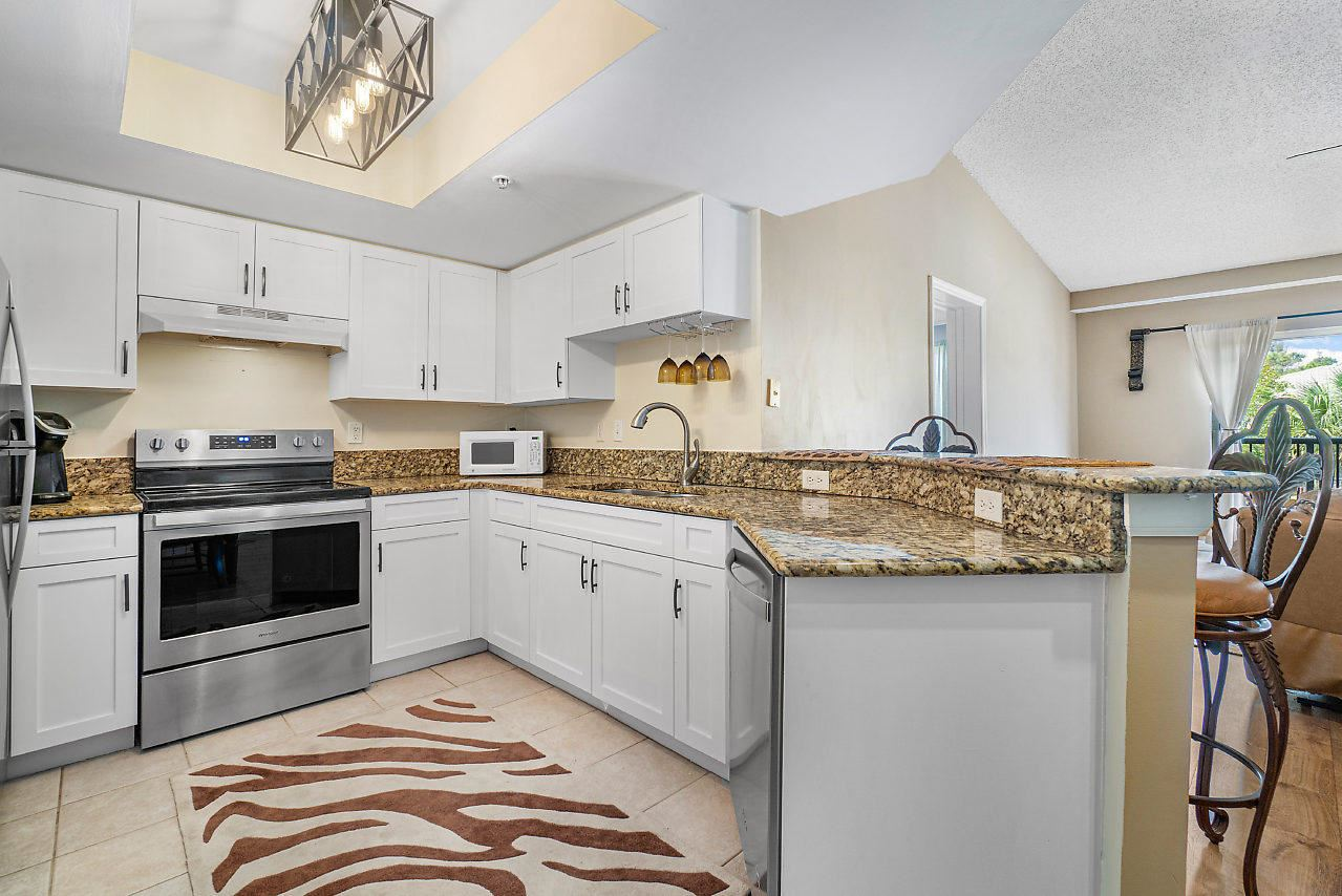 800 Crestwood Court S #820, Royal Palm Beach, FL 33411 - #: RX-10612455
