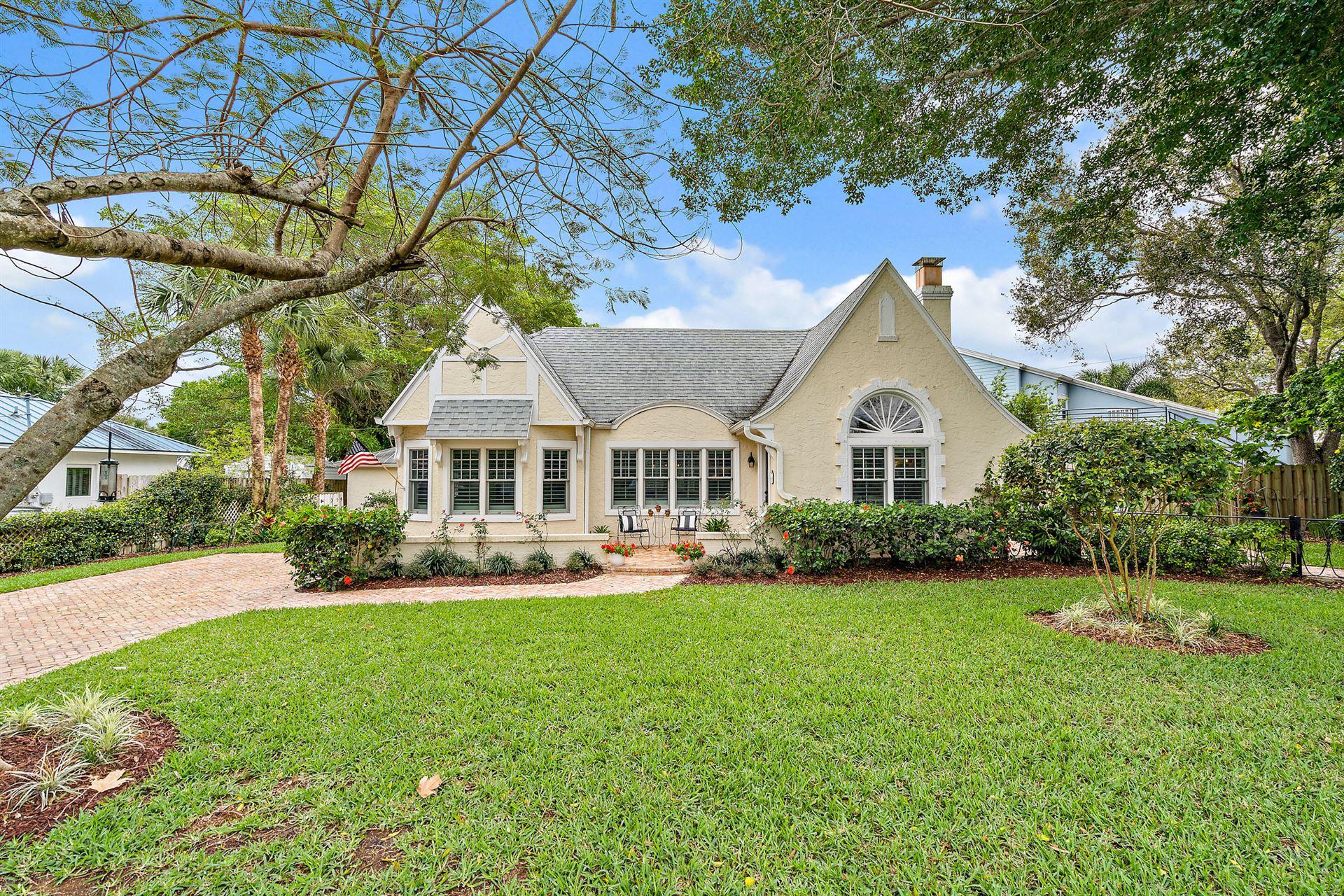 313 SE Pelican Drive, Stuart, FL 34996 - #: RX-10699455