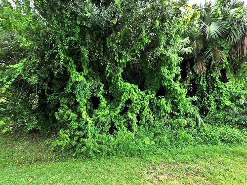 Photo of 8203 Penny Lane, Fort Pierce, FL 34951 (MLS # RX-10640456)