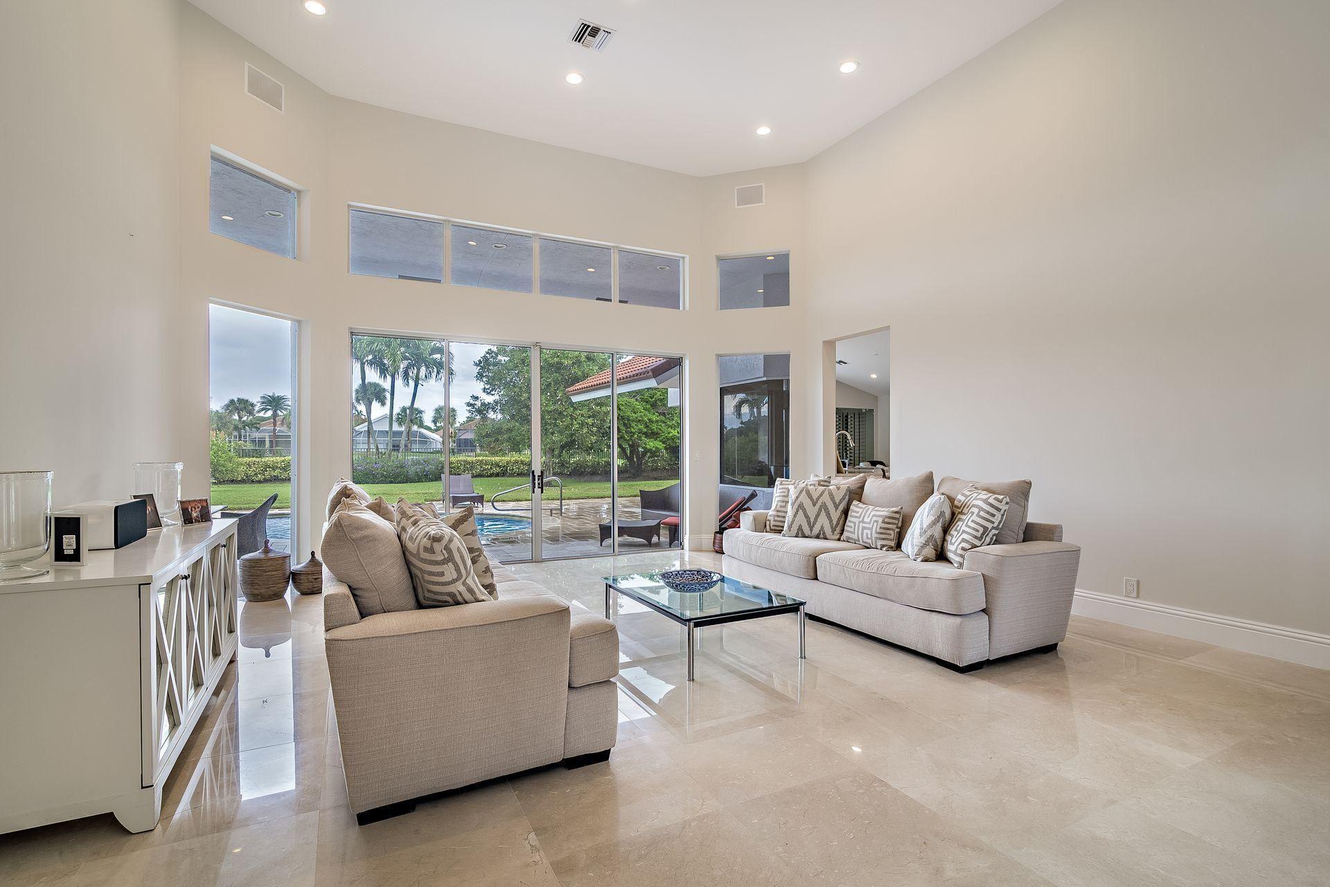 Photo of 44 St James Drive, Palm Beach Gardens, FL 33418 (MLS # RX-10633456)