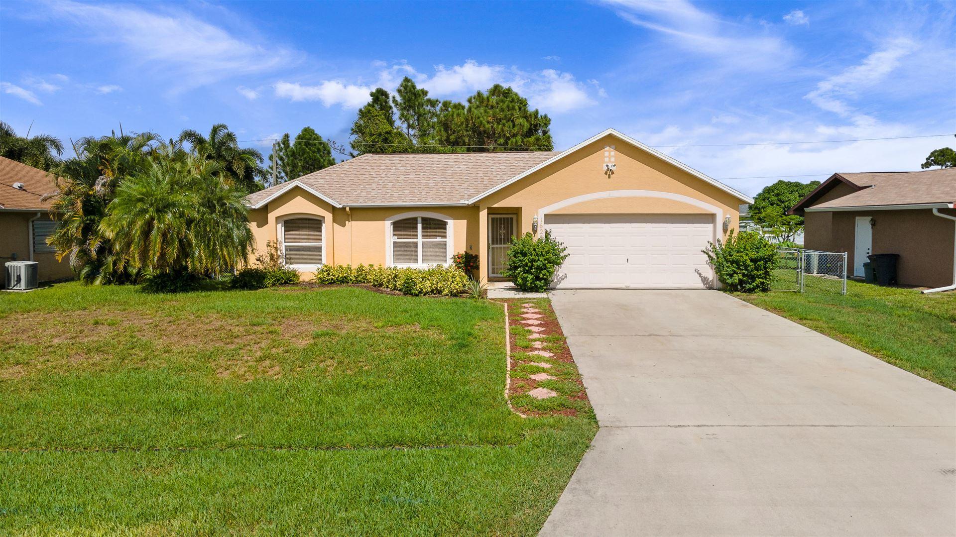 1625 SE Chello Lane, Port Saint Lucie, FL 34983 - #: RX-10654456