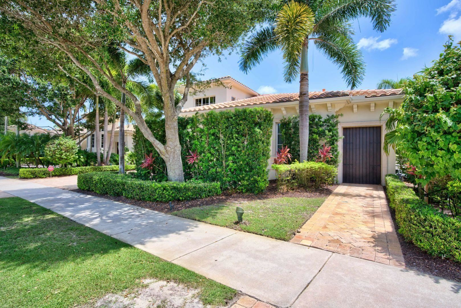Photo of 11308 Caladium Lane, Palm Beach Gardens, FL 33418 (MLS # RX-10691456)