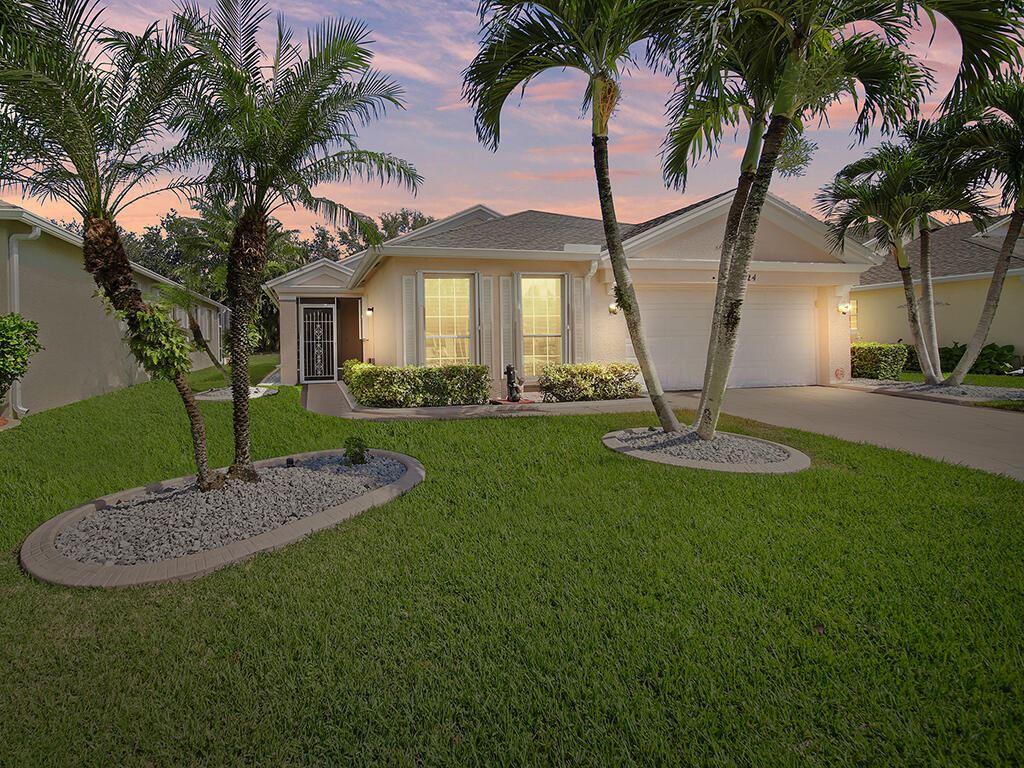 324 SW North Shore Boulevard, Port Saint Lucie, FL 34986 - #: RX-10745456